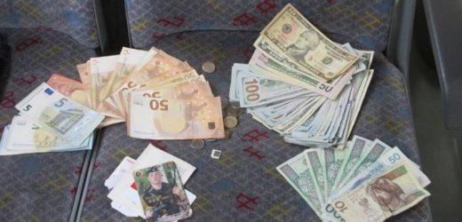 7700 доларів, 945 євро та 575 злотих: подивіться, що зробив поляк для українця