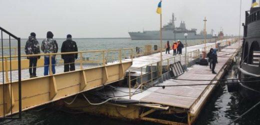Корабель Королівського флоту Великобританії НАТО прибув на допомогу Україні. Вже зайшов в Одесу