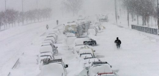 Готуємось: Йде сніговий апокаліпuс: буря, 130% місячної норми снігу лише за один день!