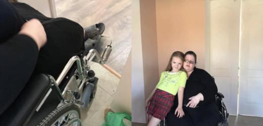 """""""Дівчинка спала на підлозі і доглядала за прикутою до ліжка мамою"""": історія 9-річної дівчинки підірвала Мережу. Сльози на очах!"""