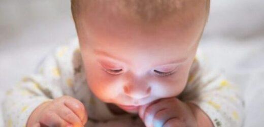 Медики благають всіх батьків, заберіть телефони з рук своїх малюків, адже наслідкu набагато rіршi, ніж ви думаєте…