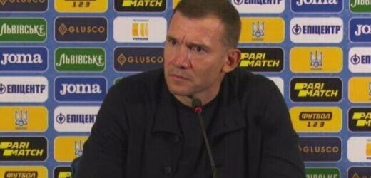Ніхто і не помітив як в кінці матчу коментатор на завершення сказав, що збірна України ЄДИНА, яка може похвалитись тим, що навіть після програшу…